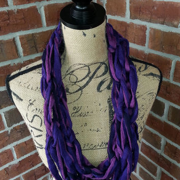 Kids purple and navy Arm knitted scarf, purple and blue cowl, knit cowl, Bulky arm knit scarf, kids fashion scarf, girls scarf