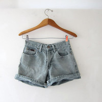 Vintage 80s green jean shorts. high waisted shorts. roll up shorts.