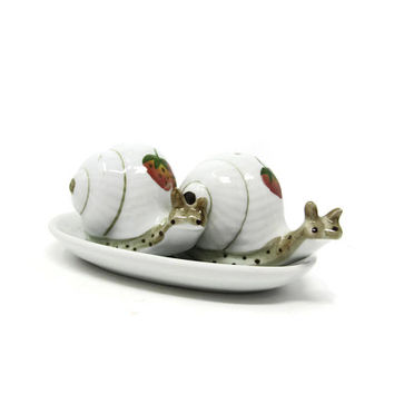 Floral Snail Salt and Pepper Shakers, Vintage Serving Collectible
