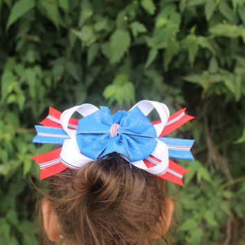 Support our Nations Colors with these Red, White & Blue Hairbows.