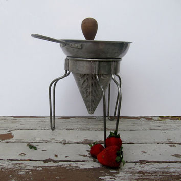 Farmhouse Decor Vintage Colander and Pestle by Modred12 on Etsy