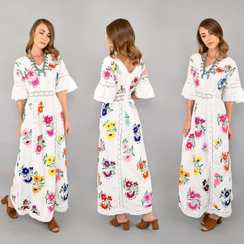 70's EMBROIDERED Bohemian Wedding Dress