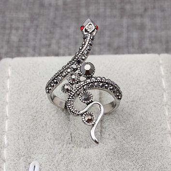 Cool Jewelry Snake Rings Factory Suppliers Vintage Rhinestones Animal Rings Party Punk Retro Anel