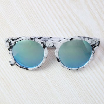 Quay Australia - High Emotion Sunglasses - White Marble/Blue