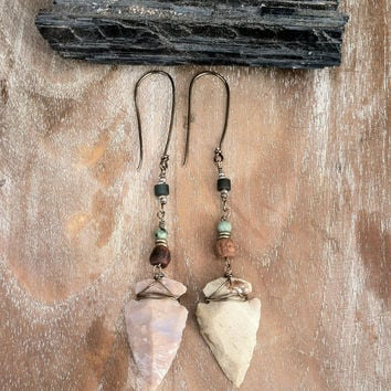 arrowhead drop earrings // gypsy, spirittribe, boho, festival, healing, silver, jewerly