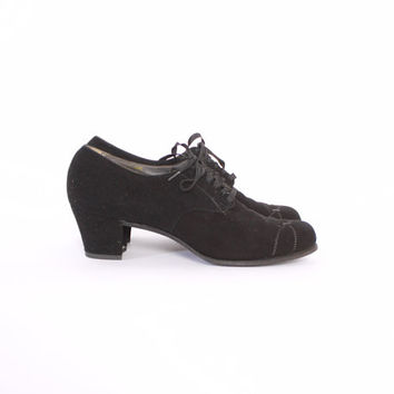 Vintage 40s OXFORDS / Vintage 1940s Black Suede Leather Lace-Up Swing Shoes Heels 9