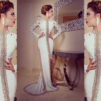 Modern White Arabic Long Sleeves Formal Evening Dresses 2016 High Neck Sequins Beading Party Gowns Pakistani Dubai Dresses