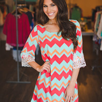 LACE TRIM CHEVRON DRESS