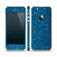The Blue Sparkly Glitter Ultra Metallic Skin Set for the Apple iPhone 5s