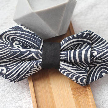 OCEAN WAVES XL- Handmade Pet Bow Tie / Dog Bowtie / Cat Bowtie/  Velcro strap easily attaches onto any collars