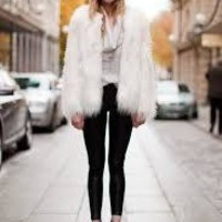 Chic Faux Fur white coat | SPREDFASHION