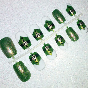 Elf Christmas Fake Nail Set- Press on Nails- Glue on Nails- Acrylic Nails- Artificial Nails- Holiday Nails- Winter Nails- False Nails
