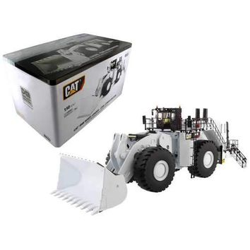 CAT Caterpillar 994K Wheel Loader with Coal Bucket in White with Operator High Line Series 1/50 Diecast Model by Diecast Masters