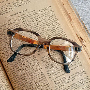 Vintage Reading glasses Beautiful brown eyeglasses Retro eyewear frame Oversized eyeglass Women mens eyeglasses Old grandpa grandma eyewears