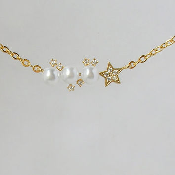 Crystal pearl necklace, Pearl pendant chain necklace, Pearl crystal gold chain, Star crystal necklace, Bridesmaid wedding jewelry,