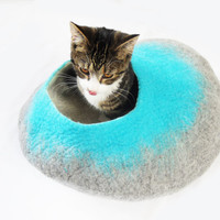 Larger size Cat Bed Cave Cocoon House Felted wool - Free Ball Etsy UK