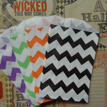 "Halloween Mix of 20 Chevron Mini Paper Bags - Orange, Purple, Green, Black (2.75"" x 4"") Treat bags - Candy bags - Party Supplies - Favor"