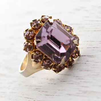 Vintage Pastel Purple Rhinestone Ring -  Gold Tone Adjustable Costume Jewelry Cocktail Ring / Emerald Cut Faux Rose De France Amethyst