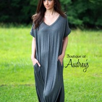 Charcoal Gray Short Sleeve TShirt Maxi Dress with Side Pockets and Slits