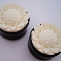 Urban Star Blooming Flower Plugs (00 gauge - 1 inch)