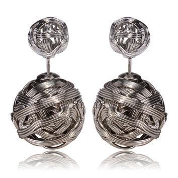 Gum Tee Mise en Style Tribal Earrings - Silver Spiral