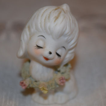 Miniature Porcelain Dog Figurine Vintage Maltese Figurine White Dog Floral wreath Figurine Shaggy Dog Figurine Dog Puppy Collectible