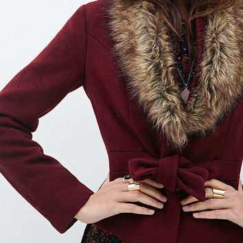 Red Wine Waist Lace Wool Coat