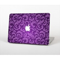 """The Purple Bright Lace Pattern Skin Set for the Apple MacBook Pro 15"""""""