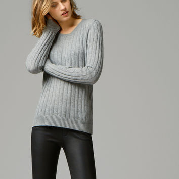 100% CASHMERE CABLE-KNIT SWEATER - Sweaters & Cardigans - WOMEN - United States of America / Estados Unidos de América
