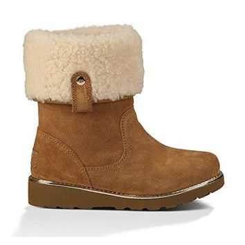 UGG Kids Womens Callie (Little Kid/Big Kid)  UGGboots with heel