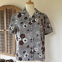Vintage 60s  Mod  Top / Graphic Polyester Blouse