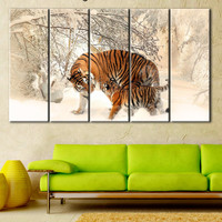 Tiger Famile photo, Tiger poster, Tiger painting print, Animals Canvas, Home Decor, Animal Wall Art, Tigers canvas winter, cub in the snow