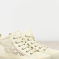 's Crocheted Hi-top Sneaker (Natural)