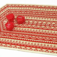 Valentine Table Runner, Quilted Lace Tablerunner