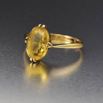 Chic Edwardian Gold and Citrine Solitaire Ring