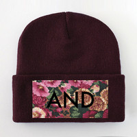 ANDCLOTHING — AND Burgundy Winter Floral Beanie