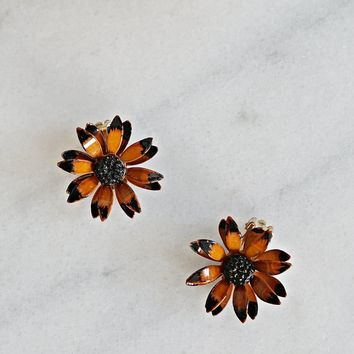 Vintage 1960's Enamel + Wildflower Earrings
