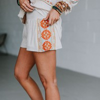 Sunset Sky Embroidered Shorts - Natural Embroidery