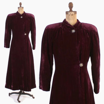 Vintage 30s Velvet COAT / 1930s Dark Plum Wine Silk Velvet Long Evening Opera Coat M