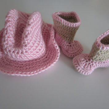 Crochet cowboy cowgirl hat with matching two color boots in your choice of colors Fits infant, baby, newborn, toddler, child boy and girl.