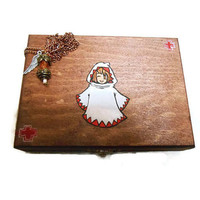 Final Fantasy White Mage First Aid Kit with Phoenix down necklace final fantasy 7 final fantasy 8 final fantasy 9 jewelry accessories