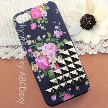 IPhone 4s 4 5 Case Silver Studs caseBlack Floral iPhone by ABCDsky