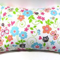 Whimsical Owl 12 x 16 Pillow; Removable Cover and Form; Accent pillow/decorative pillow cover with envelope closure - Pillow form INCLUDED
