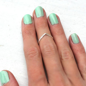Sterling silver knuckle ring, chevron stacking ring - midi ring, hammered, textured knuckle ring, silver ring