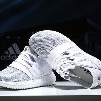 simpleclothesv: Adidas Boot Women Men Fashion Trending Running Sports Shoes