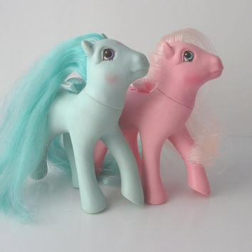 My Little Pony Flutter Ponies Set of 2 Honeysuckle & Peach Blossom G1 Vintage