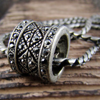 Mens Retro Burnished Engraved Retro Pattern Gipsy Ring Pendant Necklace Chain Black Zirconia 56