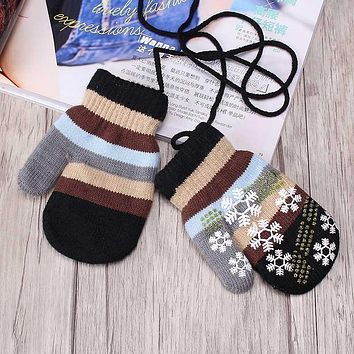M MISM High Quality Thicken Children Winter Warm Snow Flower Lanyard Gloves Soft Wrist Gloves Mittens for Christmas Gift