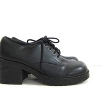 Vintage Black Oxfords. Chunky Heel Shoes. Lace Up Shoes. Chunky Oxfords. size 8.5