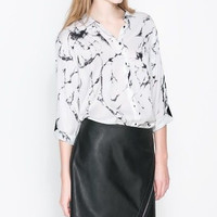 White Stone Skin Print Long-Sleeve Collared Shirt